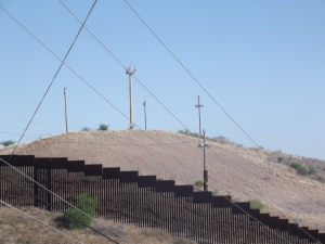 Wall between US & Mexico